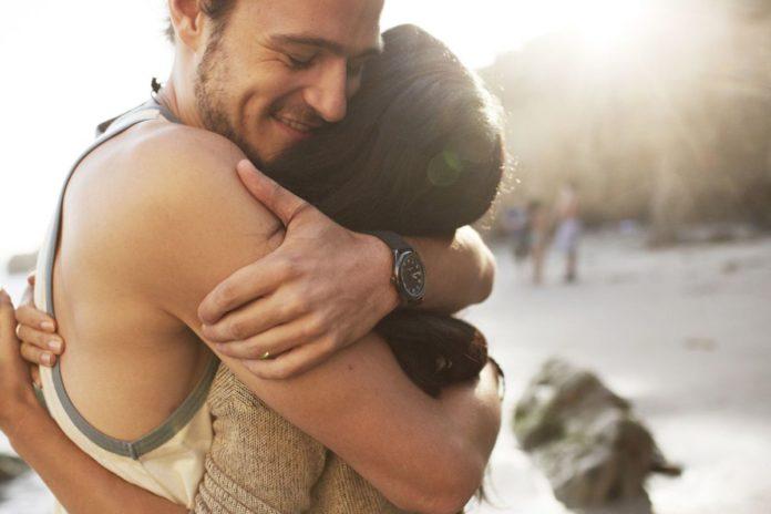 Abraços Protegem Contra Estresse, Depressão, Infecções E Gripes, Diz Estudo
